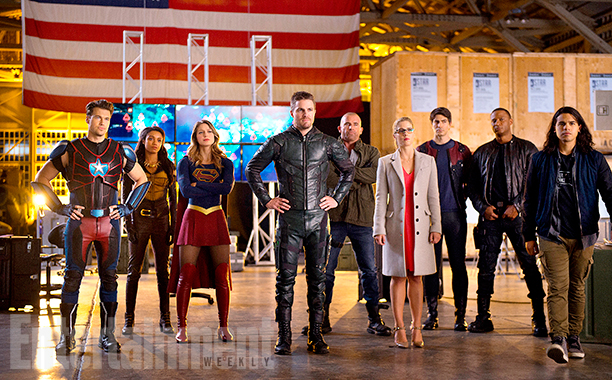 """DC's Legends of Tomorrow Season 2, Episode 7 - """"Invasion"""" (L-R): Nick Zano as Nate Heywood/Steel, Maisie Richardson- Sellers as Amaya Jiwe/Vixen, Melissa Benoist as Kara/Supergirl, Stephen Amell as Oliver Queen, Dominic Purcell as Mick Rory/Heat Wave, Emily Bett Rickards as Felicity Smoak, Brandon Routh as Ray Palmer/Atom, David Ramsey as John Diggle and Carlos Valdes as Cisco Ramon"""